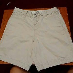 Abercrombie & Fitch 3 Button Khaki Shorts